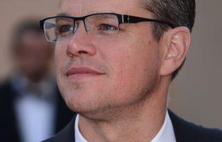 Matt Damon is díjat ad át az Emmy-gálán