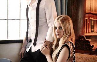 Avril Lavigne a férjével duettezik