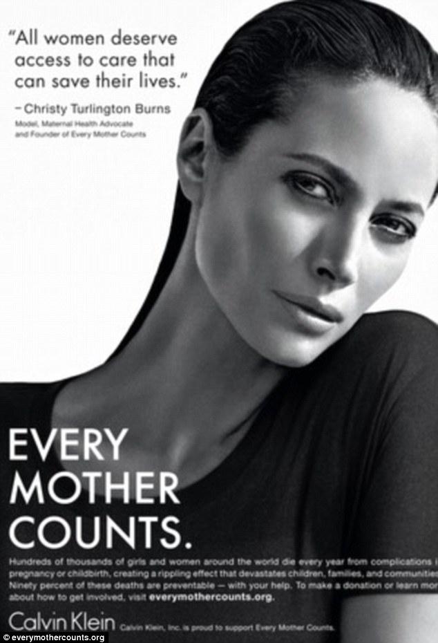 Szupermodellt támogat a Calvin Klein
