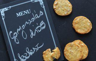 Gorgonzolás-diós keksz