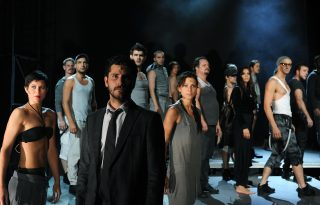 Műsorváltozás a Vígben – Plusz egy alkalommal látható a Popfesztivál 40
