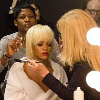 Rihanna a backstage-ben