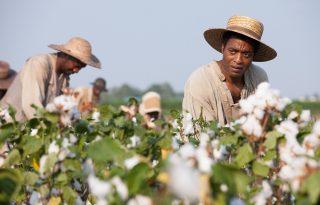 Ne hagyd ki: a mozikban a díjesélyes 12 év rabszolgaság