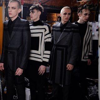 Tollak és szoknyák az Alexander McQueen férfi kollekciójában