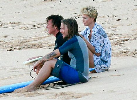 Charlize Theron Sean Penn új barátnője