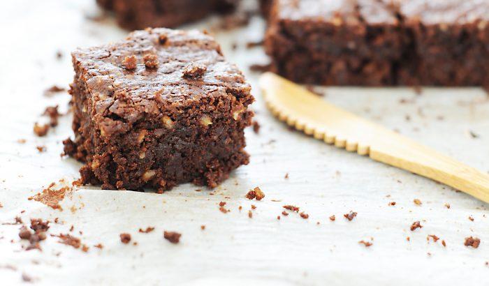 Gigacsokis brownie