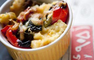 Évindító sajtos-grillzöldséges polenta a Nemsütitől