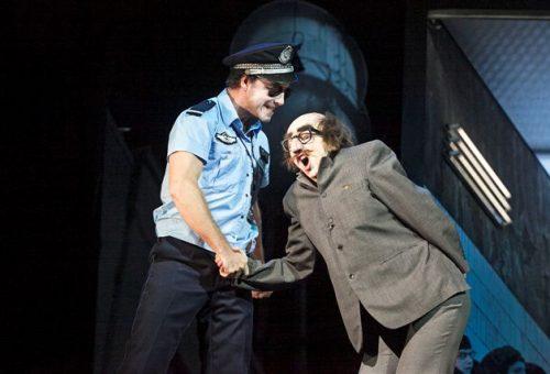 Molnár Áron: Nem vagyok az a sálas színész
