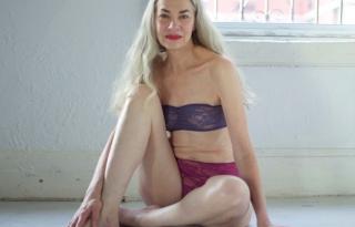 62 éves szexi modell a divatkampányban