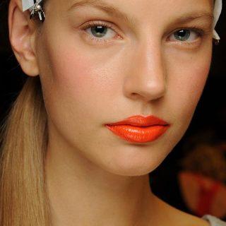 Narancs színű rúzsok: találd meg a hozzád illő  árnyalatot!