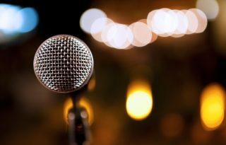 Párhuzamosok a végtelenben: slam, rap és vers