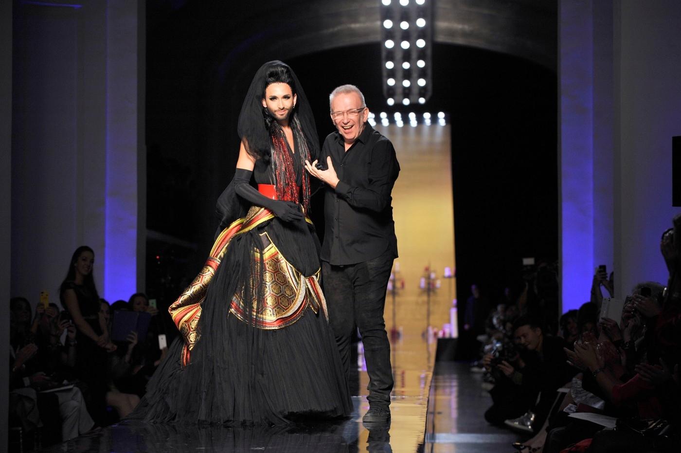 Jean Paul Gaultier showján Conchita volt a sztár
