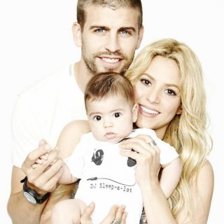 Shakira kislányt vár