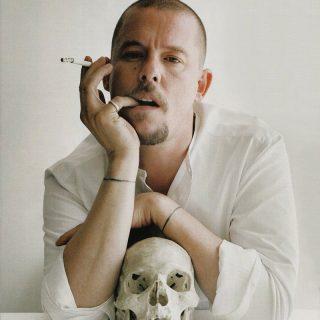 A hírességek divattervezője, Alexander McQueen valódi véleménye a sztárvilágról