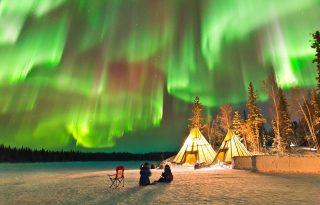 Lélegzetelállító látványt nyújtanak az északi fény színei