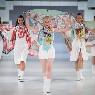 Gombold újra! – Eldőlt kik a régió legjobb divattervezői