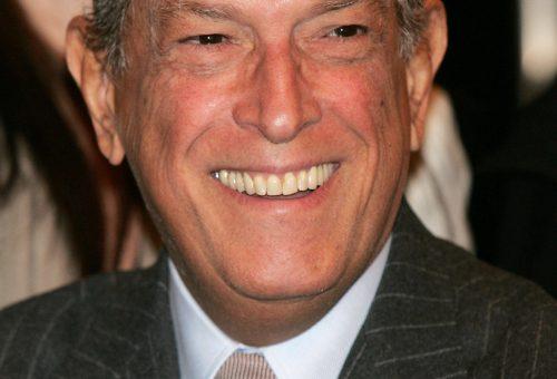 Meghalt Oscar de la Renta