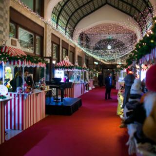 Megnyílt a Four Seasons Hotel Gresham Palace Karácsonyi Vására
