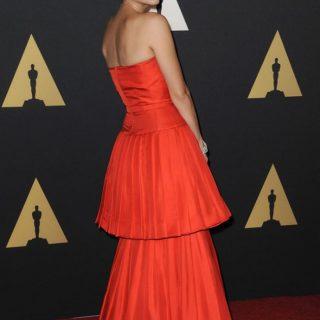 Marion Cotillard vörösben hódított