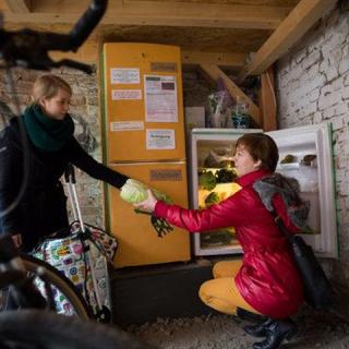 Jótékony hűtők árasztották el Berlint