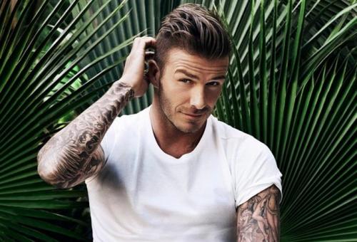 Felesége után David Beckham is divattervezőnek áll