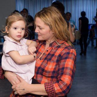 Drew Barrymore büszke a lányaira