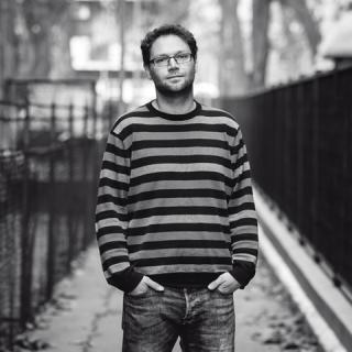 Dés András: Az evőeszköztartó is lehet hangszer