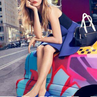 Cara Delevingne fehérneműben reklámozza a DKNY-t