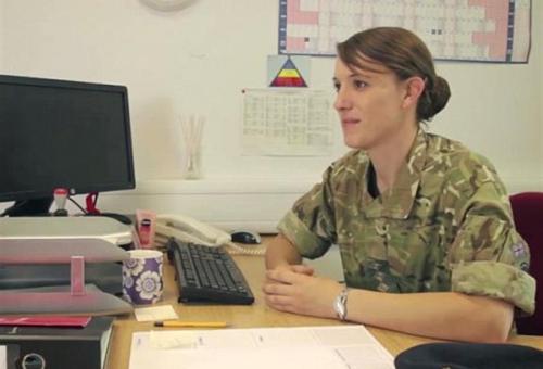 Az első transznemű tiszt a brit hadseregben