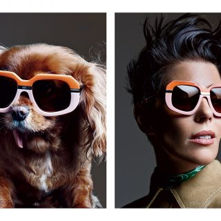 Karen Walker a világ legnépszerűbb kutyájával reklámoz