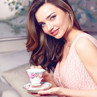 Miranda Kerr porcelánokat tervez