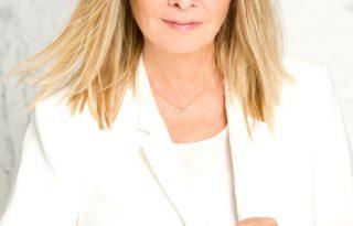 Twiggy lett a L'Oréal Paris új szépségnagykövete