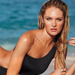 A Victoria's Secret már fürdőruhás bemutatóval is készül