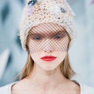 Éles kontrasztok a Chanel új sminkjein