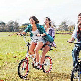Végre itt van a kétszemélyes bicikli!