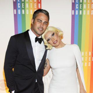 Lady Gaga a saját otthonában fog megesküdni