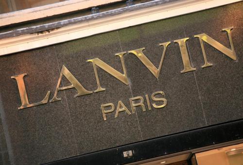 Eladó a Lanvin?