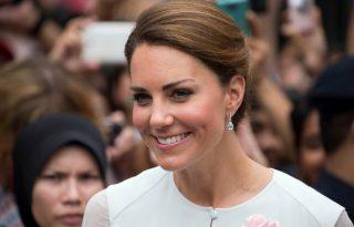 Megszületett Kate Middleton gyermeke: kislány!