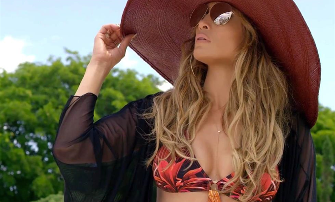 Jennifer Lopez újra trióban – klipremier