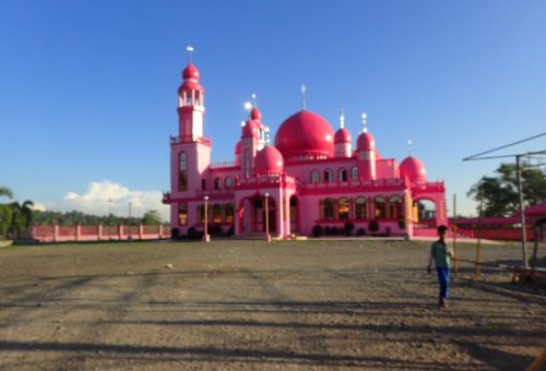 Pink mecset épült a Fülöp-szigeteken