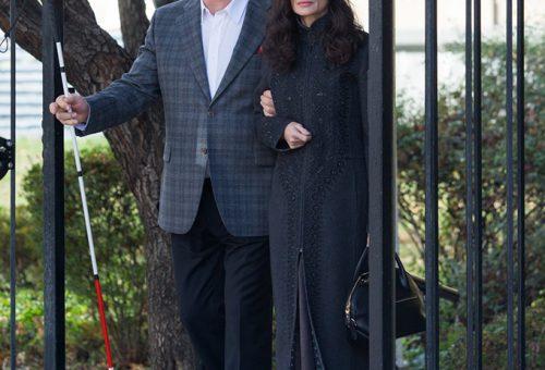 Demi Moore vezeti a világtalan Alec Baldwint