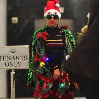 Beyoncé karácsonyfának öltözött
