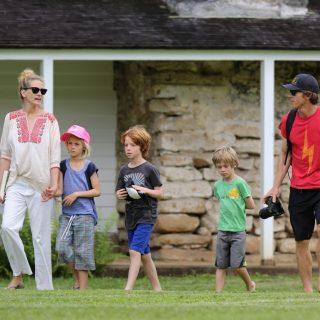 Julia Roberts gyerekei odavannak Messiért