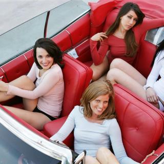 A nőket állítja a középpontba a Mercedes-Benz új programjában