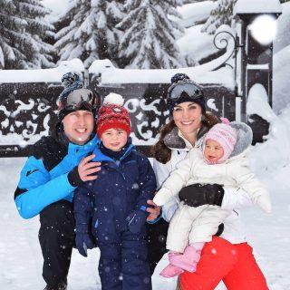 Nézd meg Vilmos herceg és Katalin hercegné legújabb családi fotóit!