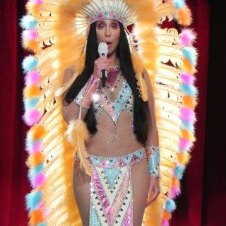 Cher őrületes kosztümökben