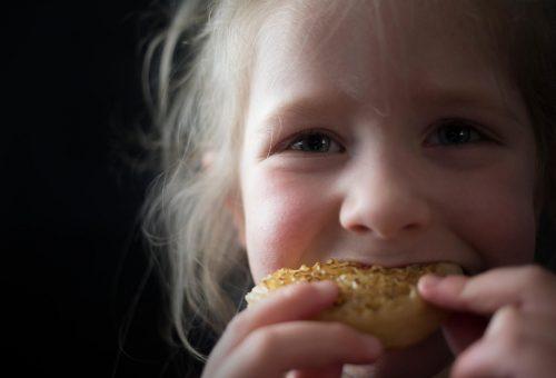 Divattal a gyermekek éhezése ellen