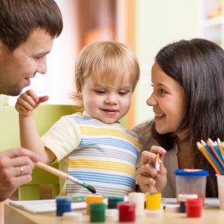 5 tipp, hogy játékosan hangolódj a gyerekre egy nem túl fárasztó nap után