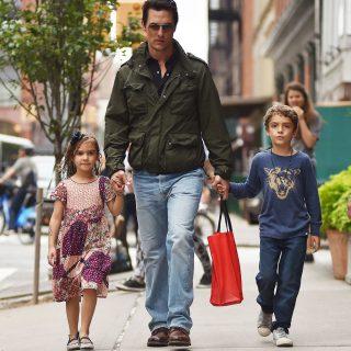 Matthew McConaughey a legtüneményesebb sztárapuka