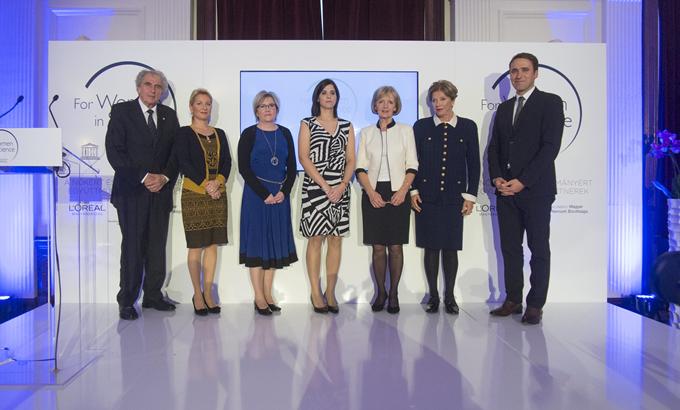 Súlyos betegeken segíthet a L'Oréal és az UNESCO  díjazottjainak kutatása